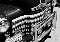 RED PICKUP GRILLE B&W