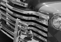 GREEN PICKUP GRILLE B&W